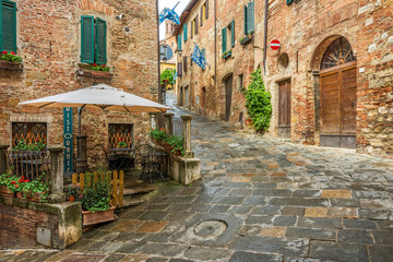 Fototapete - Beautiful alley in Montepulciano, Tuscany, Italy