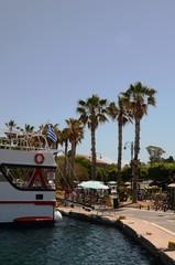 Tour en goélette au large du port de Kos (Dodécanèse-Grèce)