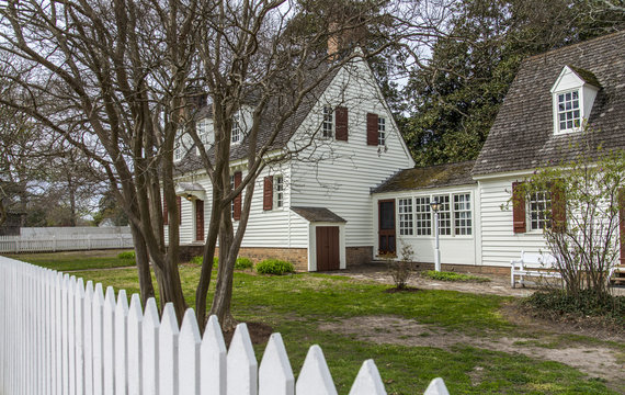 Williamsburg, Virginia , USA - April 1, 2018: Traditional house in colonial Williamsburg