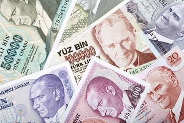 Money from Turkey, a background