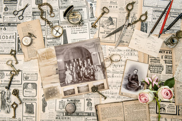 Antique collectible goods books old photos postcards news paper