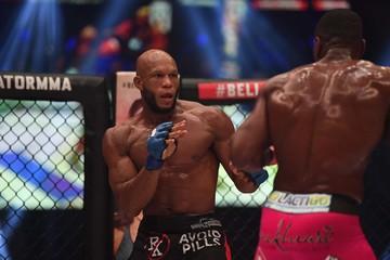 MMA: Bellator 200 - Phil Davis vs Linton Vassell