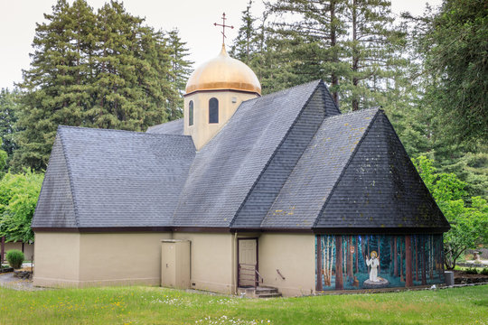 Saints Peter and Paul Antiochian Orthodox Church. Parish of the Antiochian Orthodox Christian Archdiocese of North America in Ben Lomond, California.