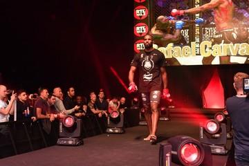 MMA: Bellator 200 - Rafael Carvlho vs Gegard Mousasi