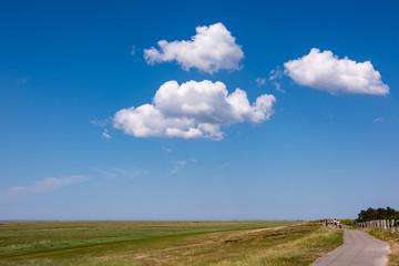 Wolken über Husum