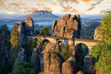 Bridge between rocks near Rathen, Germany, Europe Sachsische Schweiz 壁紙(ウォールミューラル)