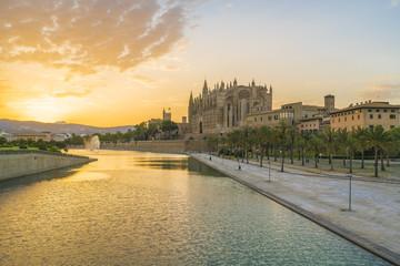 Wall Mural - Cathedral La Seu at sunet time, Palma de Mallorca islands, Spain