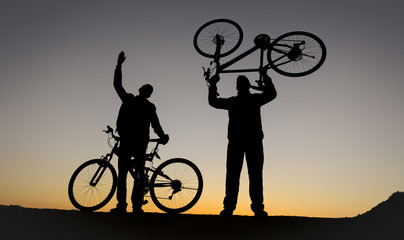 successful cycling trips and adventurous cyclists