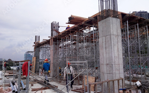 Concrete structure beam, column and slab at the construction