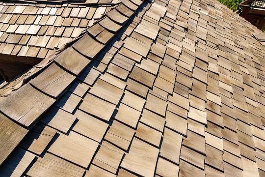 ceder shake roof