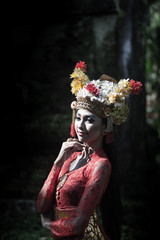 Portrait of Native Bali women wearing traditional Bali costume with Crown