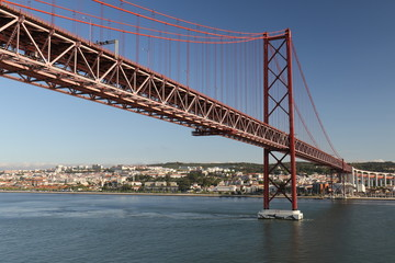 ponte 25 de abril bridge lisbon, portugal looking north from below