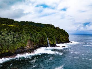 Hidden hawaiian waterfall, Big Island