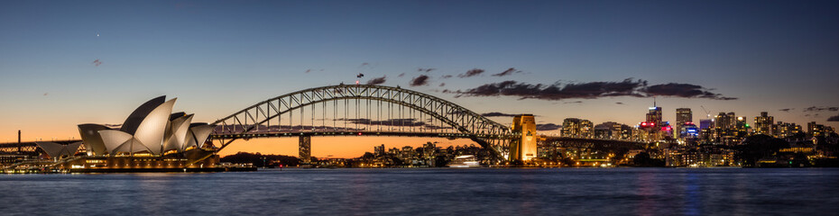 Sydney harbour at dusk, Sydney NSW, Australia