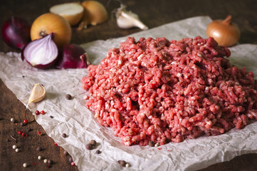 Raw ground meat with onion, garlic, pepper