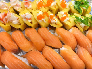 Sushi with salmon, egg with delicious flavor and is very popular among the common people and make it healthy