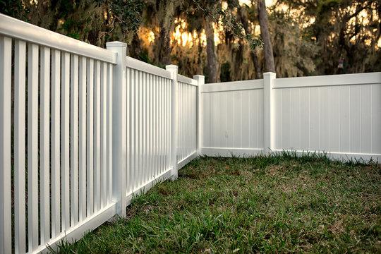 Vinyl Fence Semi Privacy