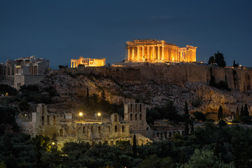 Poster Athens Night view of the Parthenon in Athens, Greece
