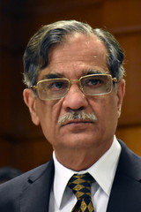 The Chief Justice of Pakistan Mian Saqib Nisar pauses as he addresses to the judges and lawyers at the High Court in Quetta