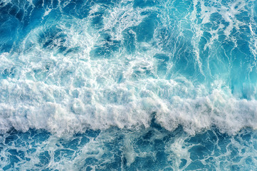 Photo sur Aluminium Eau Aerial view of the ocean wave.