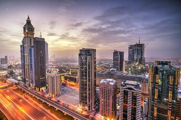 Fototapete - Dubai sunset panoramic view of Sheikh Zayed road