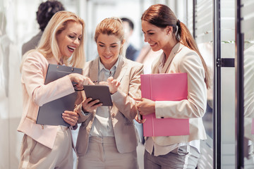 Business women working together