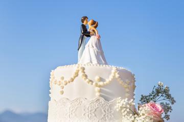 beautiful wedding cake with wedding topper