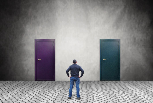 Man does not know which of the two doors he should enter