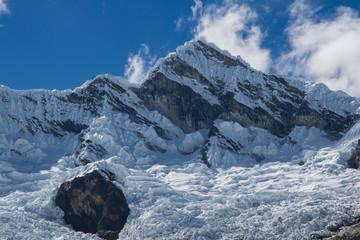 Alpamayo at Cordillera Blanca (Peru)