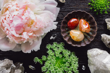 Carnelian and Quartz with Peony and Queen Anne's Lace
