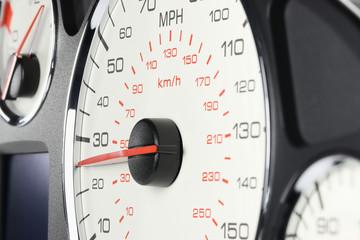 speedometer at 25 MPH