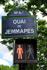 Quai de Jemmapes. Panneau de nom de rue.