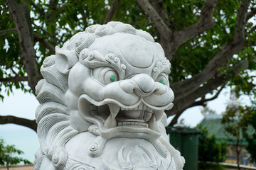Jade-Eyed Foo Dog