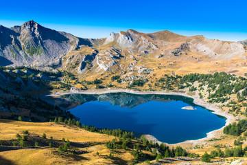 Le lac d'Allos dans le Parc National du Mercantour