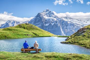 Wanderurlaub in den Schweizer Alpen am Bachalpsee, Berner Oberland, Schweiz