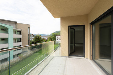 Exterior apartment on the second floor, view from the terrace