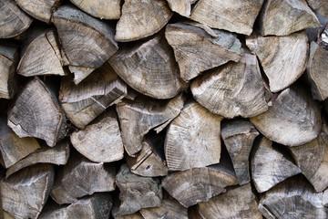 Getrocknete Holzscheite für Ofen/Kamin