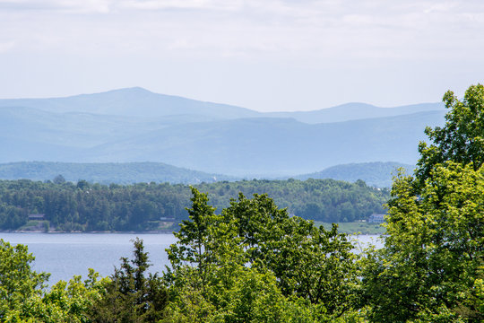 Vermont White Mountains view from New-York State