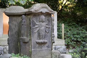 神社の仏像