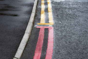 Double yellow and red lines No parking