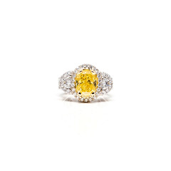 Yellow canary diamond ring
