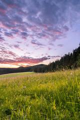 Fototapete - Sonnenuntergang auf der Passhöhe Heidburg