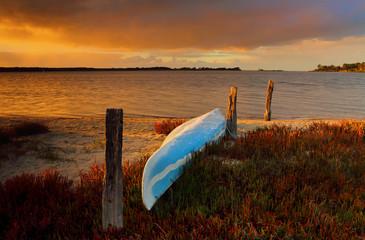 The little blue canoe