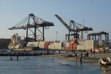 Cargo loading in port