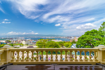 バルコニーから望む函館港