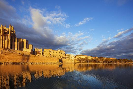 Old town buildings near La Seu Cathedral, Palma de Mallorca, Majorca, Balearic Islands, Spain, Mediterranean
