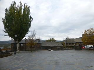 Majaelrayo. Pueblo de arquitectura negra de Guadalajara, Castilla La Mancha - España