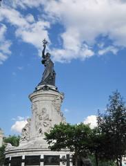 Statue de la République, place de la République Paris