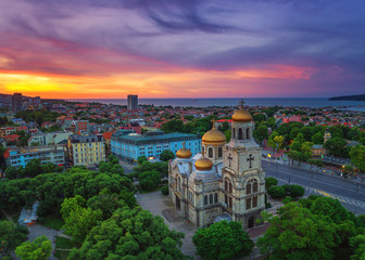 Foto op Aluminium Luchtfoto The Cathedral of the Assumption in Varna, Aerial view