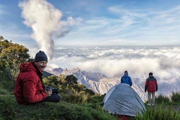 El Volcán Santiaguito visto de Santa María, Guatemala, Mayo 2018
